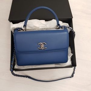 Chanel top handle lambskin blue color small💙 FIRM